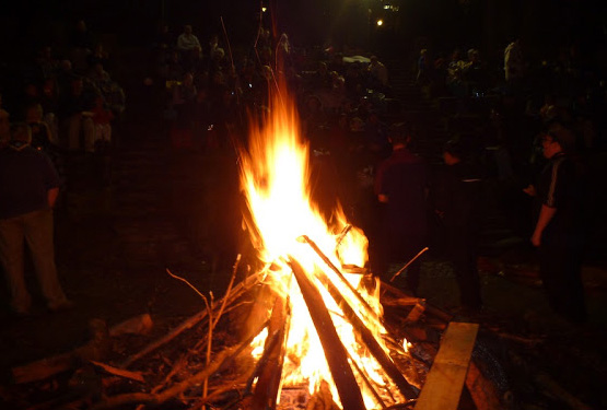 camp fire pic